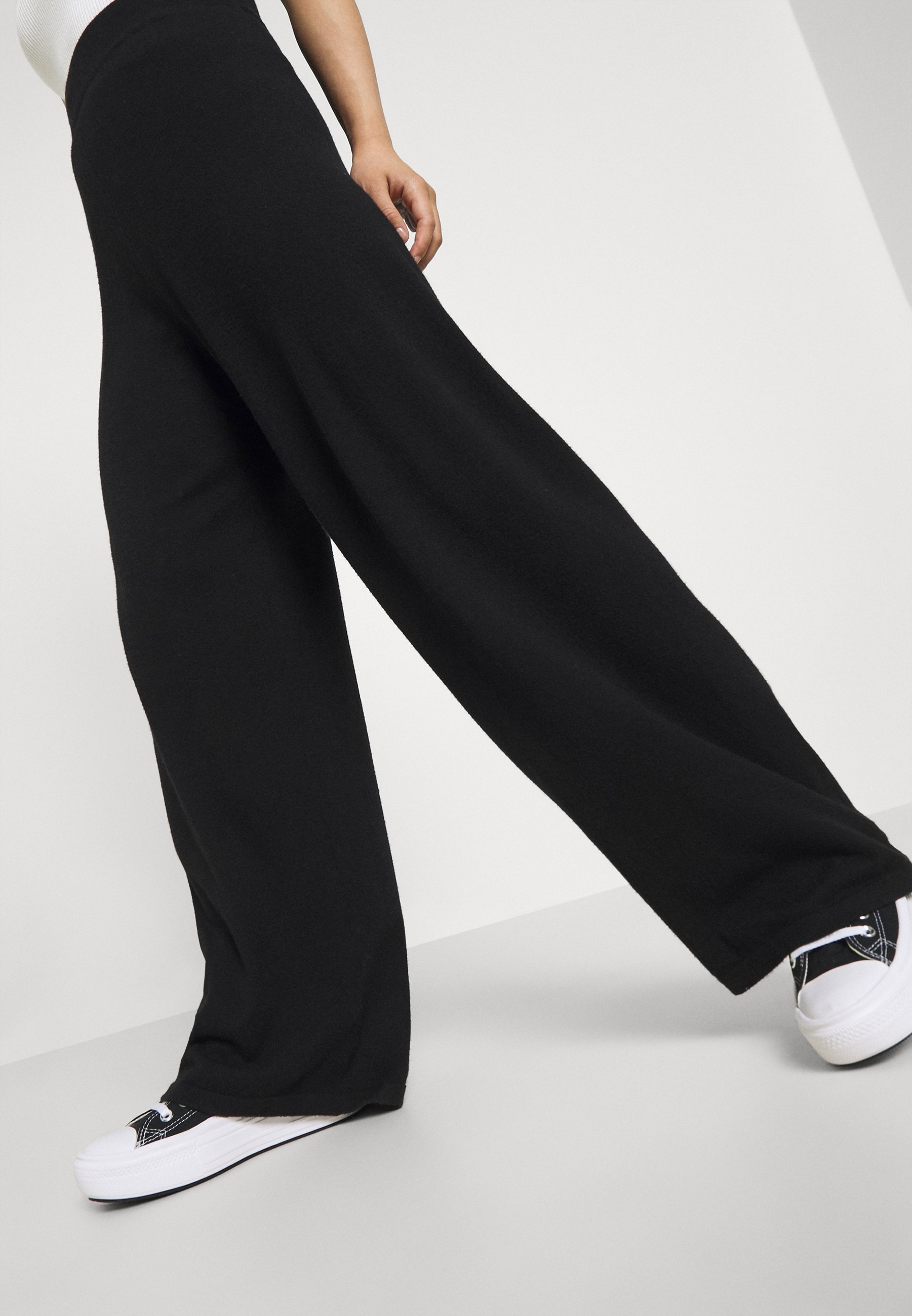 Damen ONLCOZY WIDE PANTS - Stoffhose