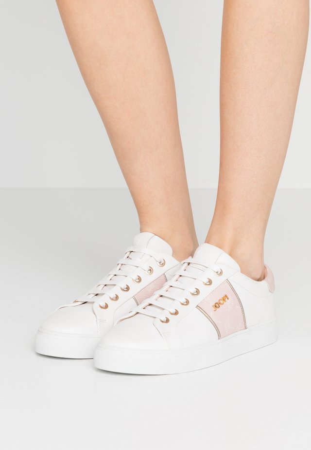 CORTINA LISTA  - Sneakers basse - rose