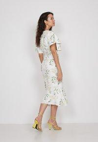 True Violet - Shift dress - white - 2