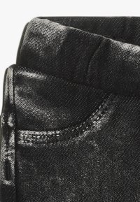Noppies - PANTS SLIM BABY - Jeggings - dark grey wash - 2
