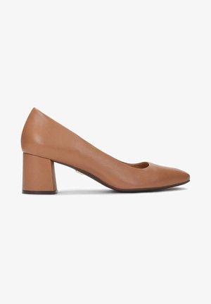 GAURA - Escarpins - light brown
