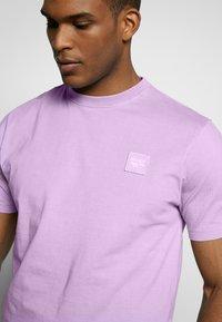 Hi-Tec - MARK - T-shirt basic - soft purple - 5