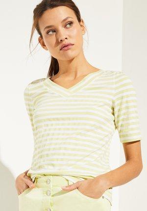 MIT V-NECK - Print T-shirt - lemon