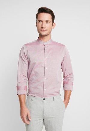 HJALTE - Shirt - port