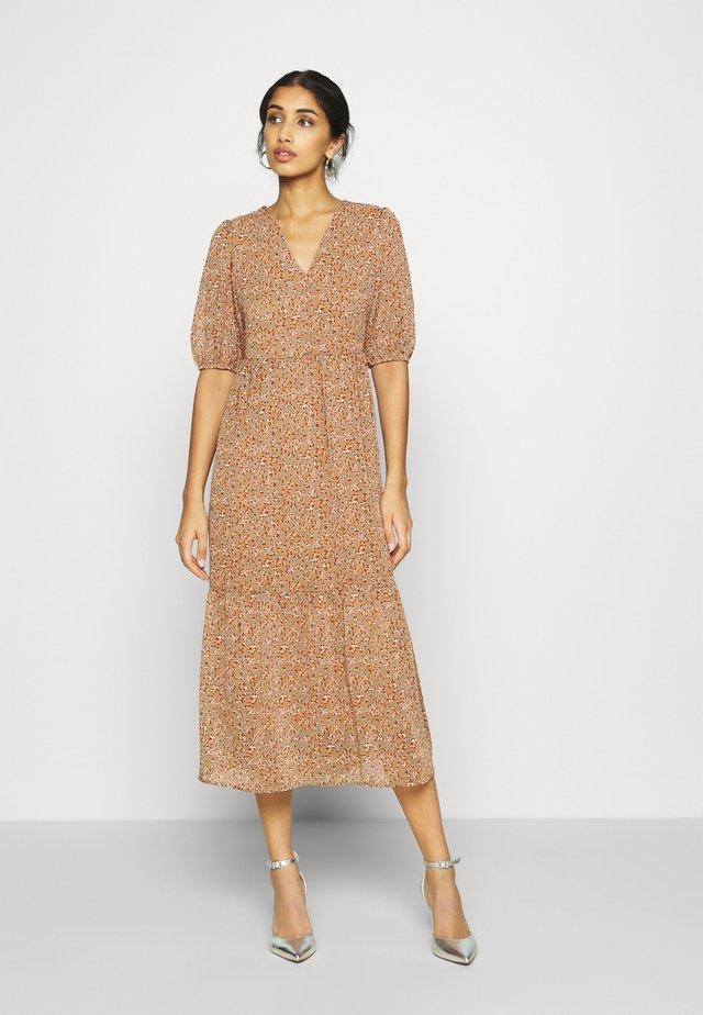 YASANEMONE LONG DRESS - Maxi-jurk - taupe