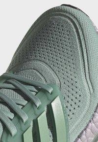 adidas Performance - ULTRABOOST  - Zapatillas de running neutras - green - 6