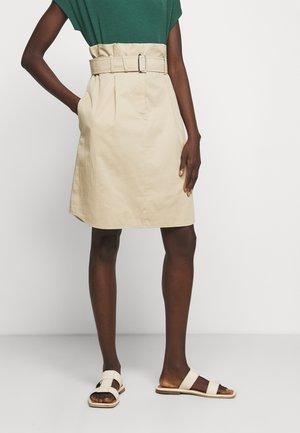 MONILE - Pouzdrová sukně - ton