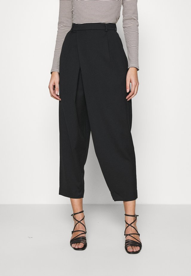 CAST TROUSER - Broek - black