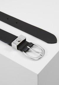 Tommy Hilfiger - OVAL BUCKLE BELT - Belt - black - 3