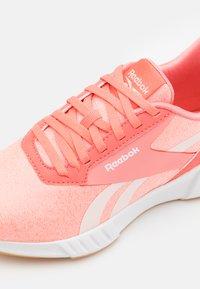 Reebok - LITE PLUS 2.0 - Neutral running shoes - coral - 5