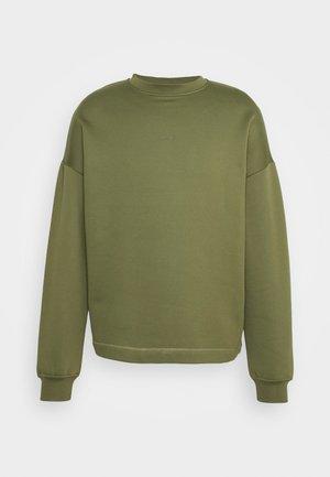 FLEA - Sweatshirt - winter moss