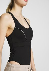 Wolf & Whistle - SPORTS BODY WITH REFLECTIVE STRIPS - Leotard - black - 4