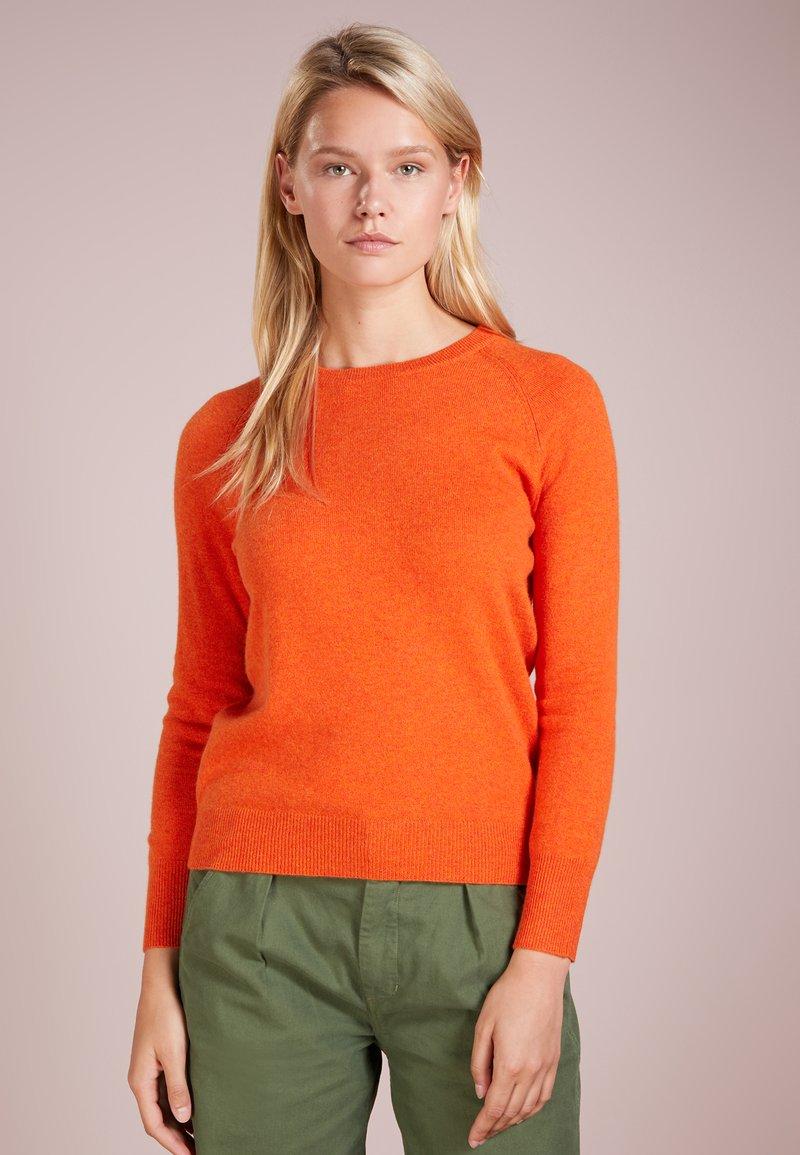 pure cashmere - CLASSIC CREW NECK  - Strikkegenser - orange