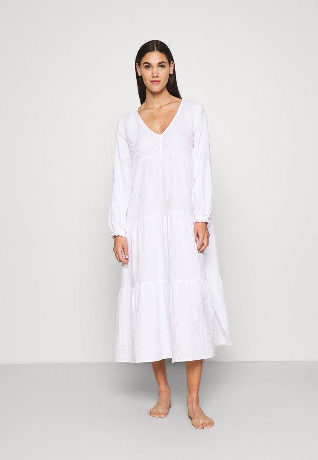 BEACH EDIT HABITAT DRESS - Ranta-asusteet - white