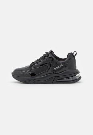 FEVER - Sneakersy niskie - black