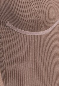 Missguided - SWEETHEART BUST DETAIL MIDAXI DRESS - Shift dress - mocha - 2