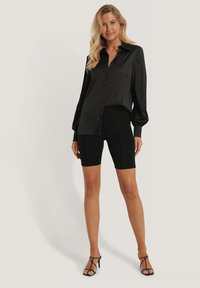 NA-KD - Button-down blouse - black - 1