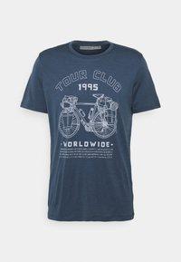 Icebreaker - TECH LITE CREW TOUR CLUB 1995 - Print T-shirt - serene blue - 0