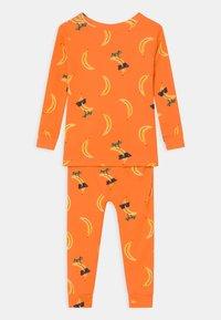 GAP - TODDLER BANANA UNISEX  - Pyjama - orange peel - 1