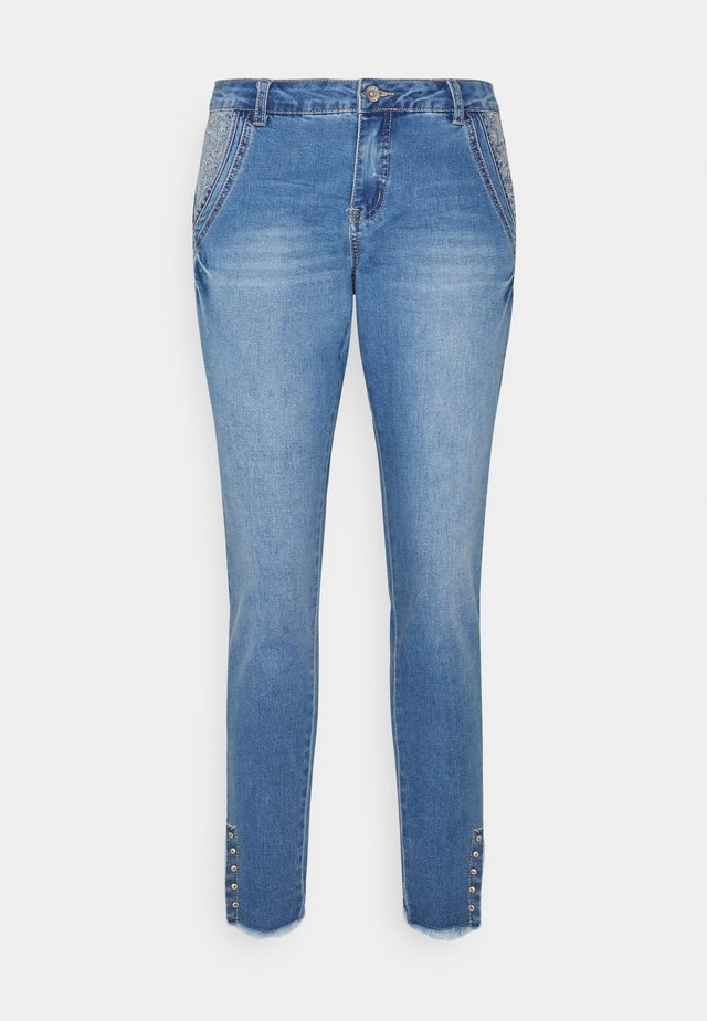 KANTIY BAIILY FIT - Jeans Slim Fit - soft blue denim