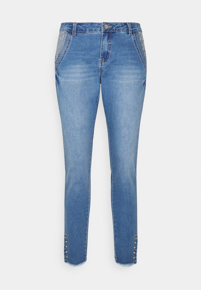 Cream - KANTIY BAIILY FIT - Slim fit jeans - soft blue denim