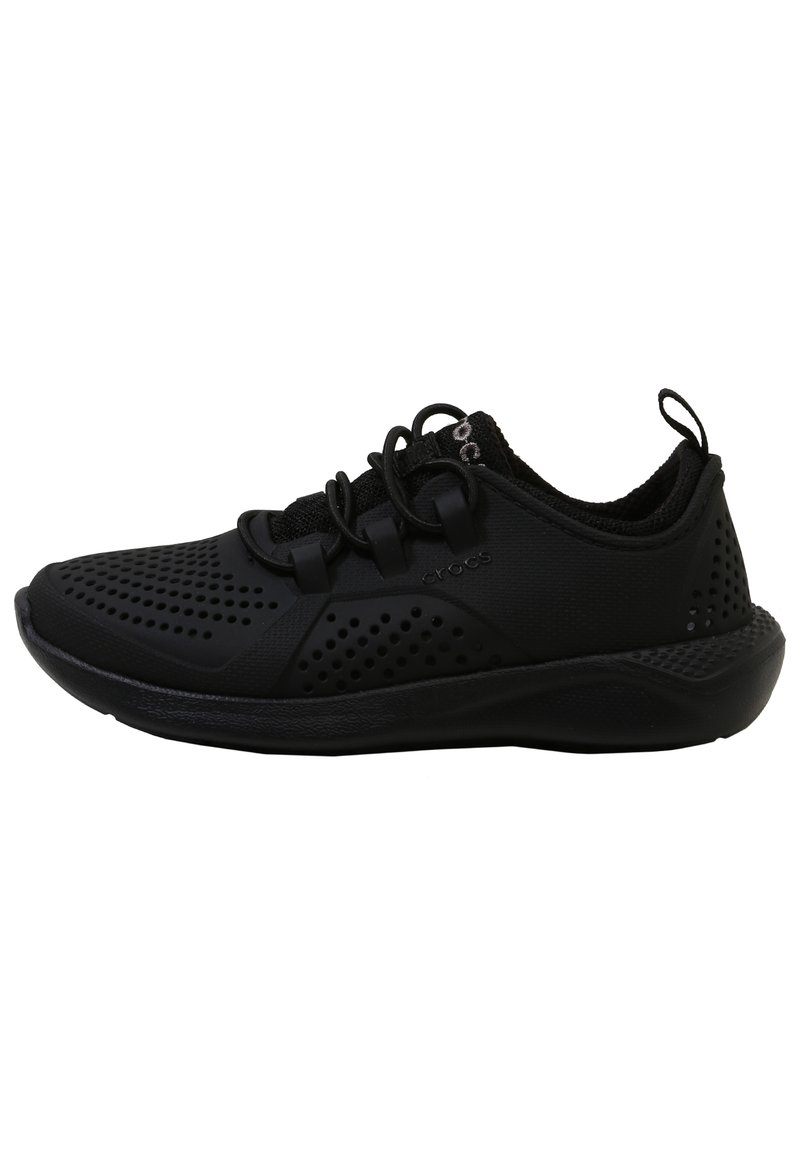 Crocs - LITERIDE PACER - Trainers - black / black