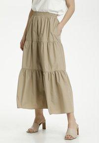 Kaffe - KAMOLLY - Maxi skirt - classic sand - 0