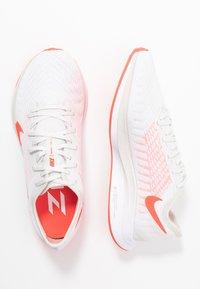 Nike Performance - ZOOM PEGASUS TURBO 2 - Neutral running shoes - platinum tint/laser crimson/white/light smoke grey - 1