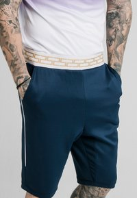 SIKSILK - SCOPE AGILITY  - Shorts - navy - 4