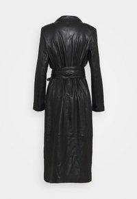 Ibana - EXCLUSIVE DAILY - Robe chemise - black - 1