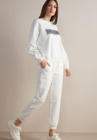 Falconeri - Tracksuit bottoms - bianco - 1