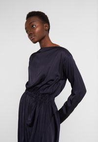 Vivienne Westwood Anglomania - NEW FARRITA DRESS - Cocktail dress / Party dress - navy - 4
