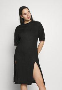 Simply Be - SIDE SPLIT - Pletené šaty - black - 0