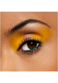MAC - EYE SHADOW - Eye shadow - chrome yellow - 4