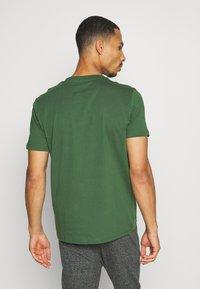 Champion - 2PACK CREW NECK - T-shirt print - grey - 2