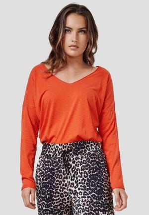 NOELLE - Long sleeved top - new red