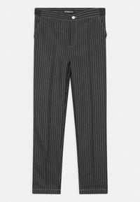 Suitmeister - BOYS GANGSTER PINSTRIPE SET - Kostým - black - 2