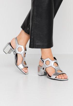 Sandali - lamina argento