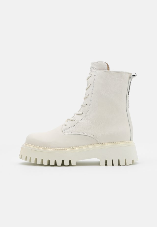 GROOV-Y - Bottines à plateau - winter white