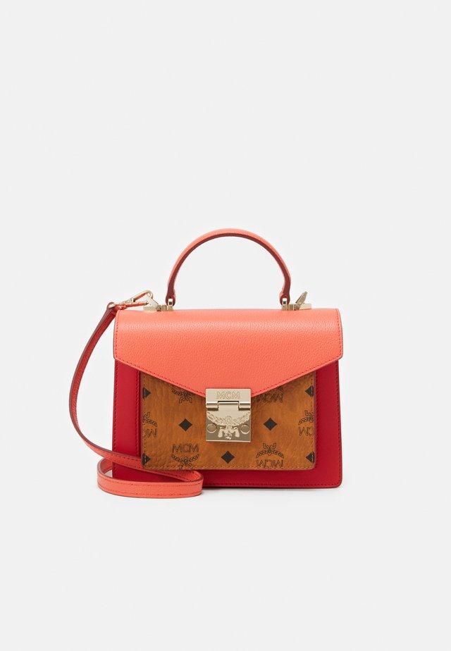 Handbag - hot coral
