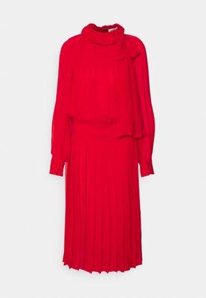 DRAPED GATHERED DRESS - Vestito elegante - red