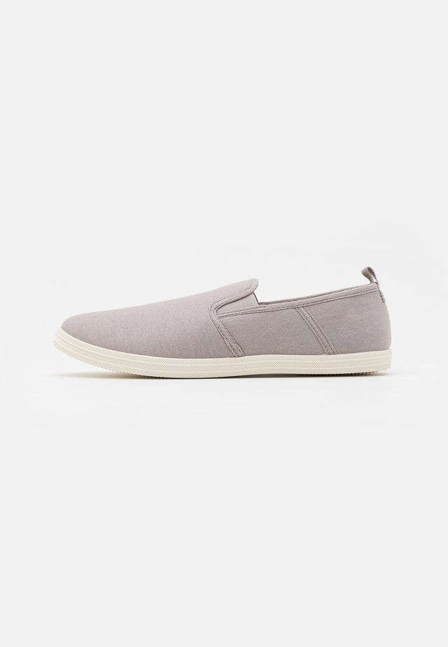 EZELLE - Mocasines - grey