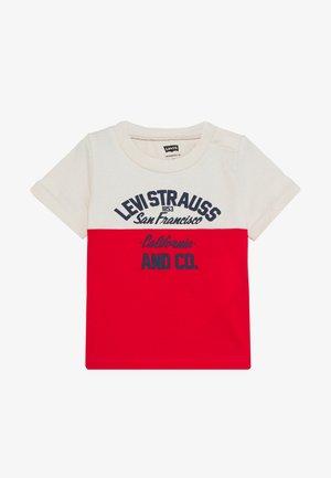 DROP SHOULDER CREW - T-shirt print - moonbeam