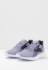 Reebok - LITE 2.0 - Zapatillas de competición - violett haze/purple - 2
