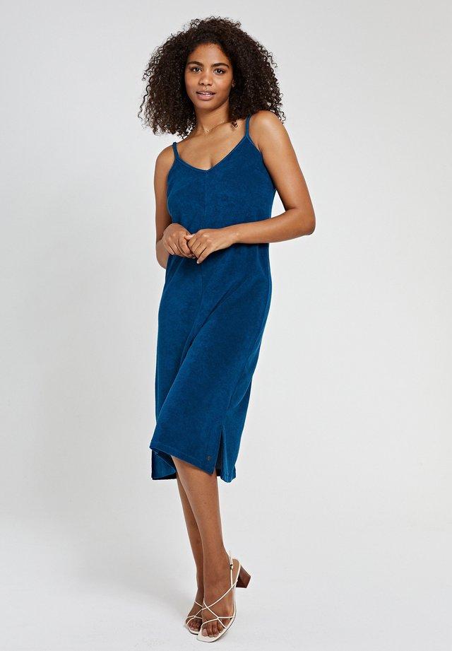 TERRY  - Korte jurk - poseidon blue