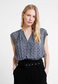 Cartoon - TILE PRINT BLOUSE - Blouse - purple/khaki - 0