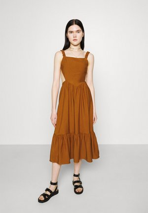 FLOUNCE DRESS - Day dress - terracotta