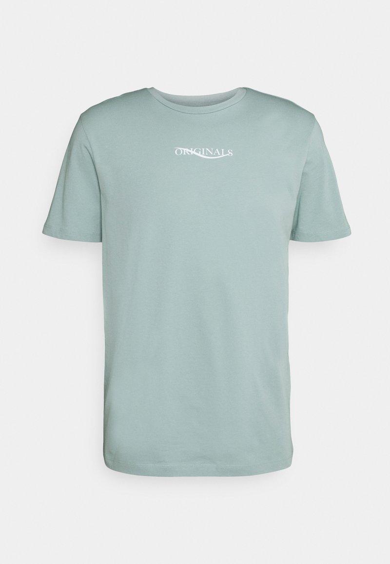 Jack & Jones - JORELIAS TEE CREW NECK - T-shirt med print - blue surf