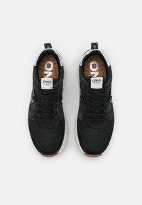 ONLY SHOES - ONLSYLVIE - Sneakersy niskie - black - 5