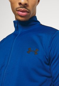 Under Armour - EMEA TRACK SUIT - Dres - graphite blue - 6